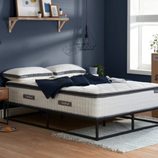 An Image of SleepSoul Bliss 800 Pocket Spring and Memory Foam Pillowtop Mattress - 6ft Super King Size (180 x 200 cm)