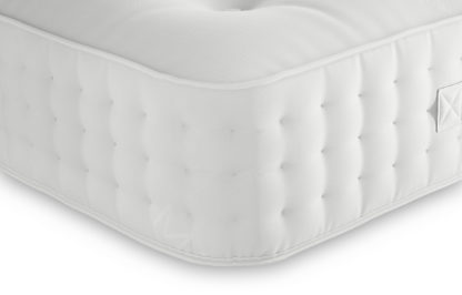 An Image of M&S Ortho 1500 Pocket Sprung Extra Firm Mattress