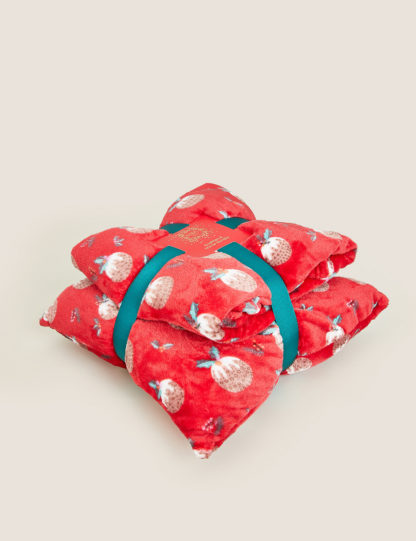 An Image of M&S Fleece Pudding Cushion and Throw Bundle