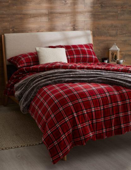 An Image of M&S Fleece Checked Bedding Set