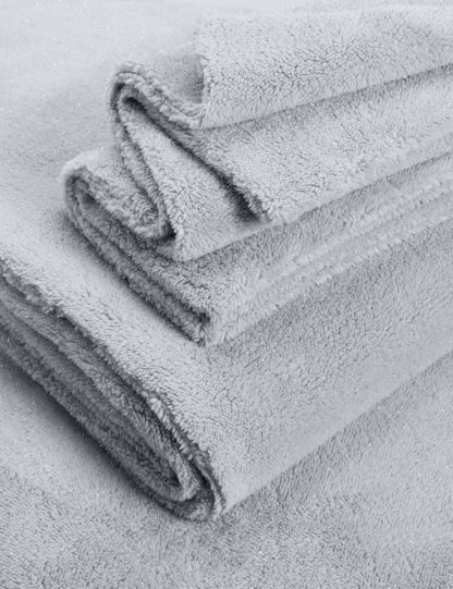 An Image of M&S Sparkle Fleece Bedding Set